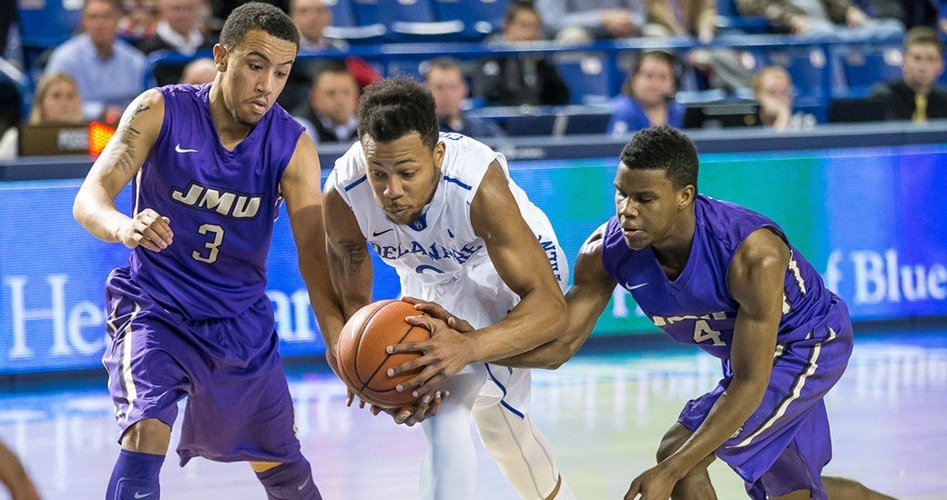 Men's Basketball: Dukes Grind Out 56-52 Win at College of Charleston