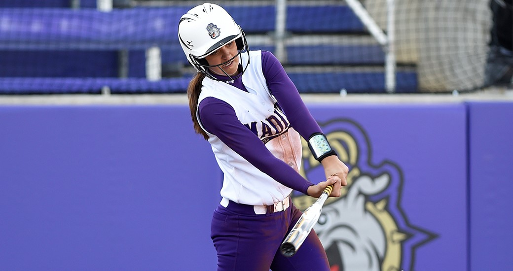 Softball: Dukes Take Down #17 UCF, Go 1-1 in Day Two