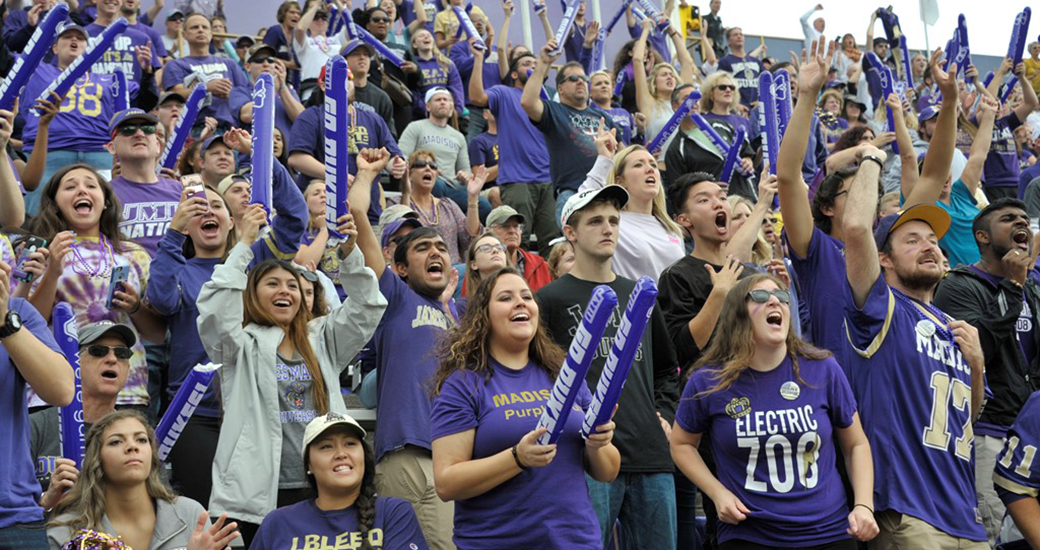 Football: Dukes Maintain Top-10 Rankings Heading into Homecoming