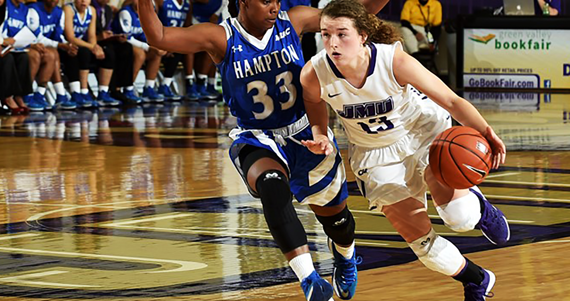 Women's Basketball: Dukes Sink Hampton 71-50 for Home Victory