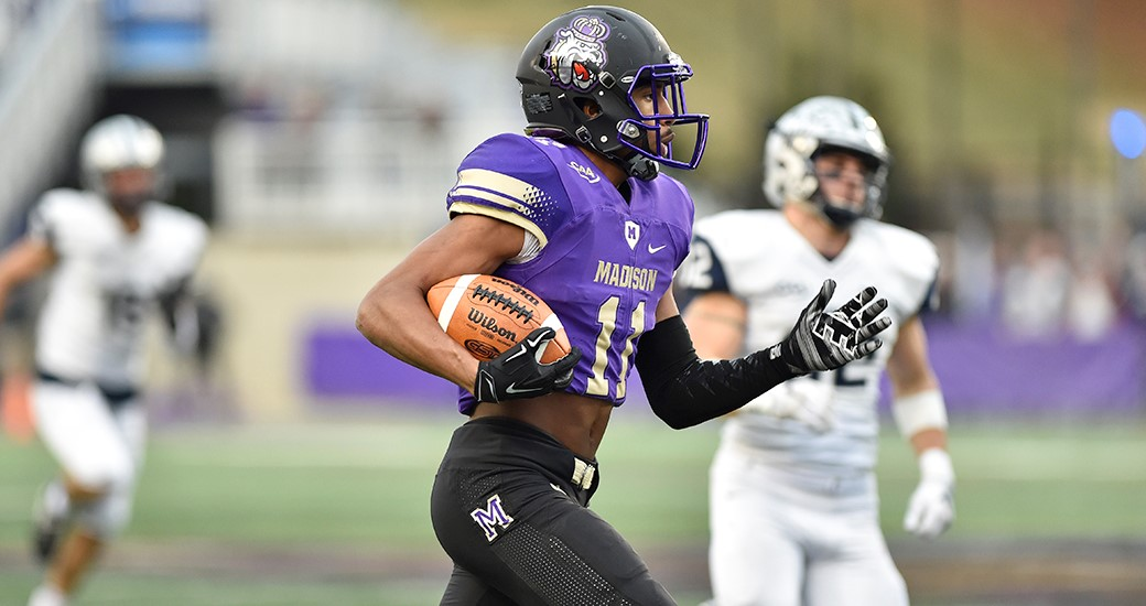 Football: Aerial Assault Pushes Fourth-Seeded Dukes to Playoff Win Over UNH, 55-22