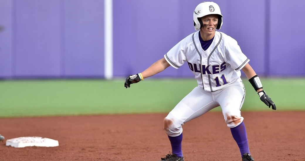 Softball: Dukes Bounce Back From 15-Inning Thriller to Split Doubleheader