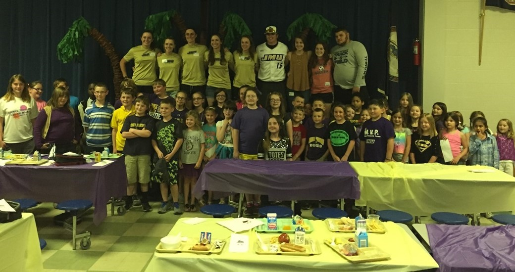 Community Relations: JMU and Student-Athletes have Lunch with Verona Elementary Students