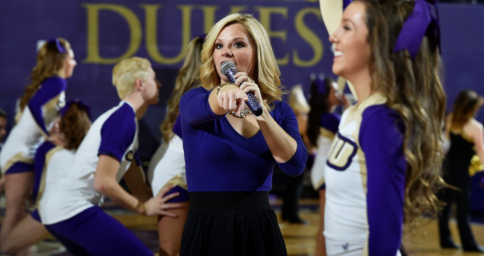 Cheerleading: Head Cheerleading Coach Kelly Moore Departs JMU