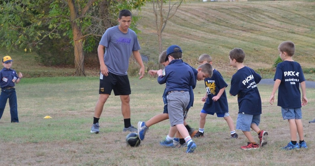 Men's Soccer, Community Relations: Men's Soccer Visits Local Cub Scout Pack