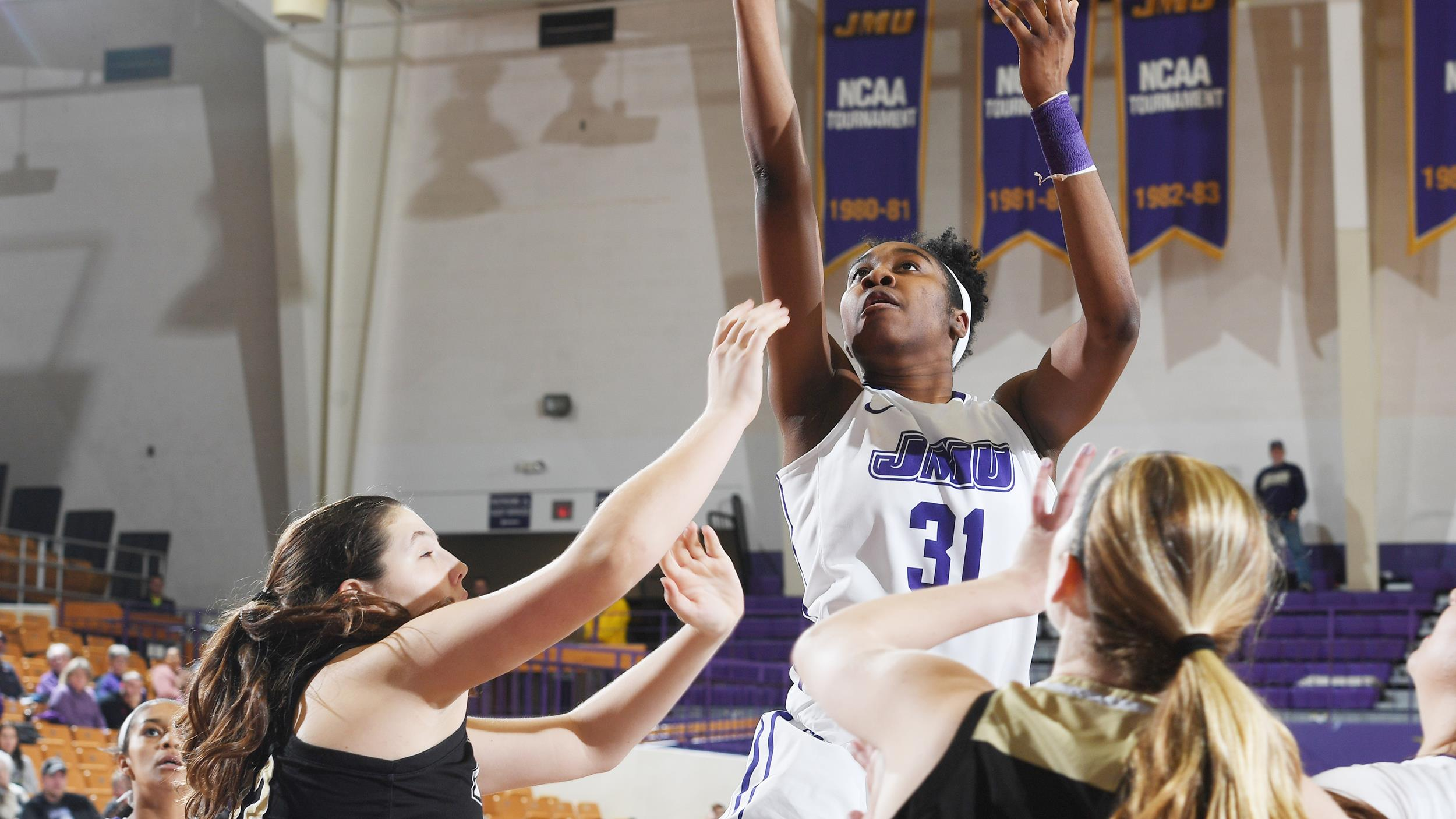Women's Basketball: Balanced Team Effort Powers JMU to Seventh Straight Win)