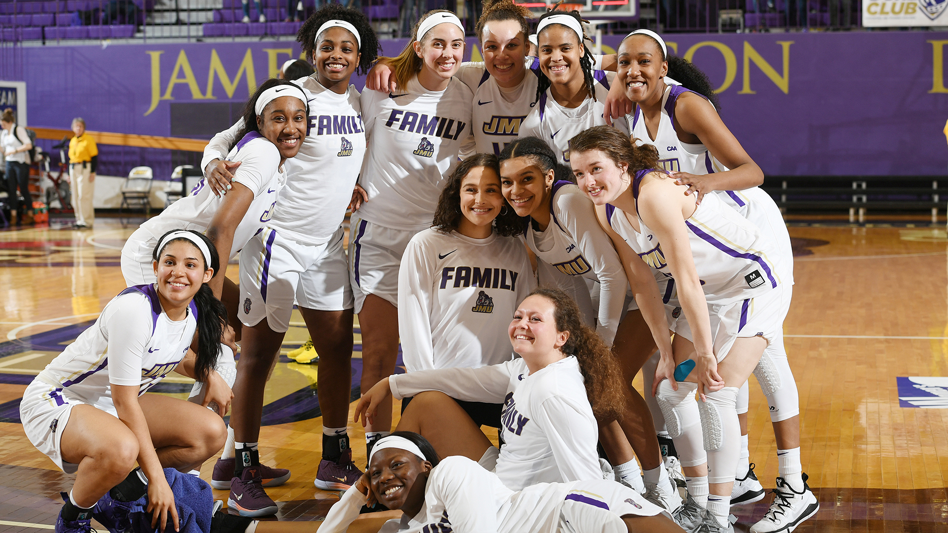 Women's Basketball: Dukes Advance To Second Round With Win Over Aggies