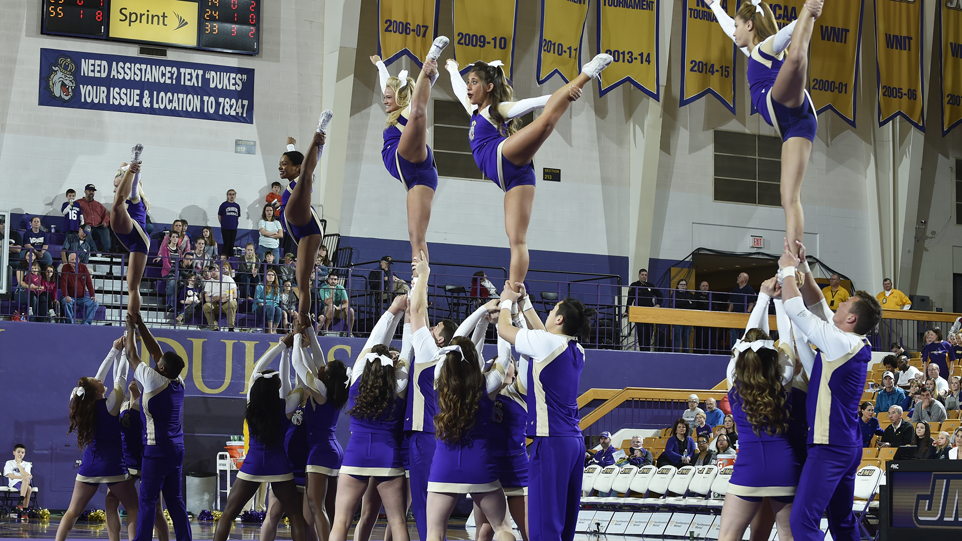 Cheerleading: Cheer to Host Four-Day Summer Youth Camp