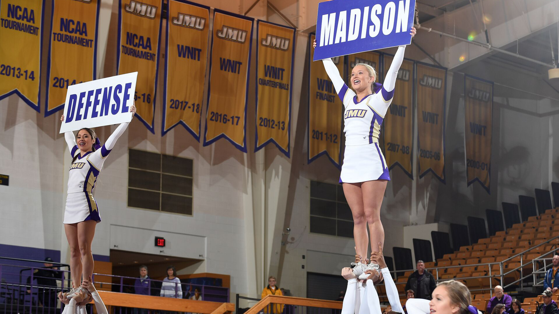 Cheerleading: Cheerleading Competes at UCA College Nationals